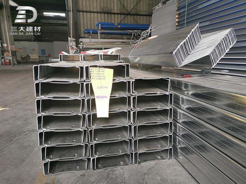 怎样区分C型钢和槽钢?哪个更有优势?