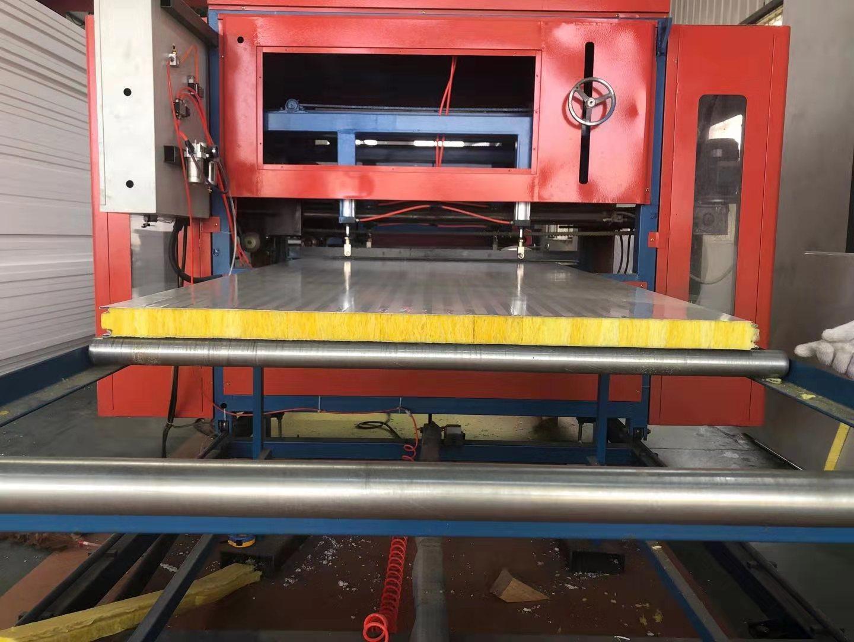 净化板系例-S型接口夹芯板-彩钢夹芯板材